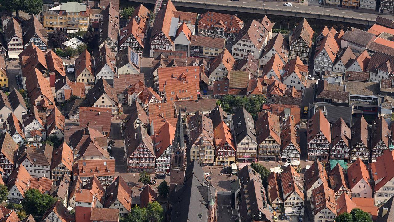 Coronaregeln in Baden-Württemberg: »Bereinigte Inzidenz« – darum öffnen hier schon wieder die Geschäfte - DER SPIEGEL