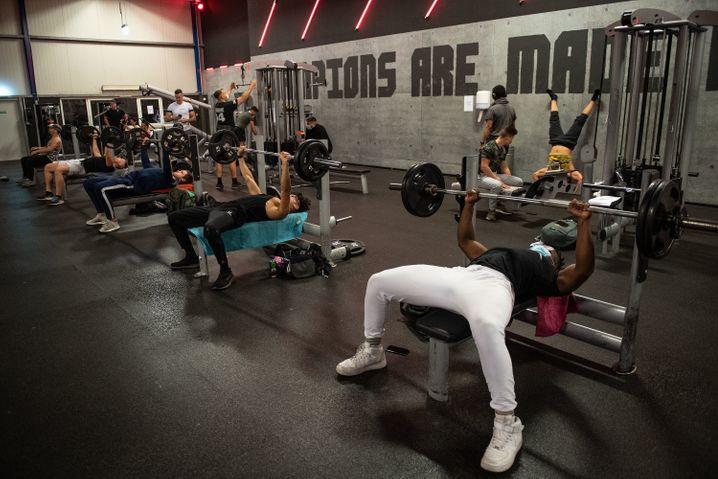 Fitnessstudio in Köln: Die Alltagssucht kann übermächtig sein