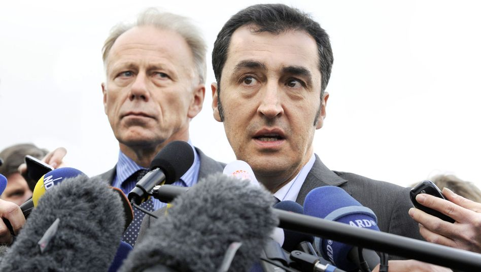 Fraktionschef Trittin, Parteivorsitzender Özdemir: Rebellion der grünen Landespolitiker