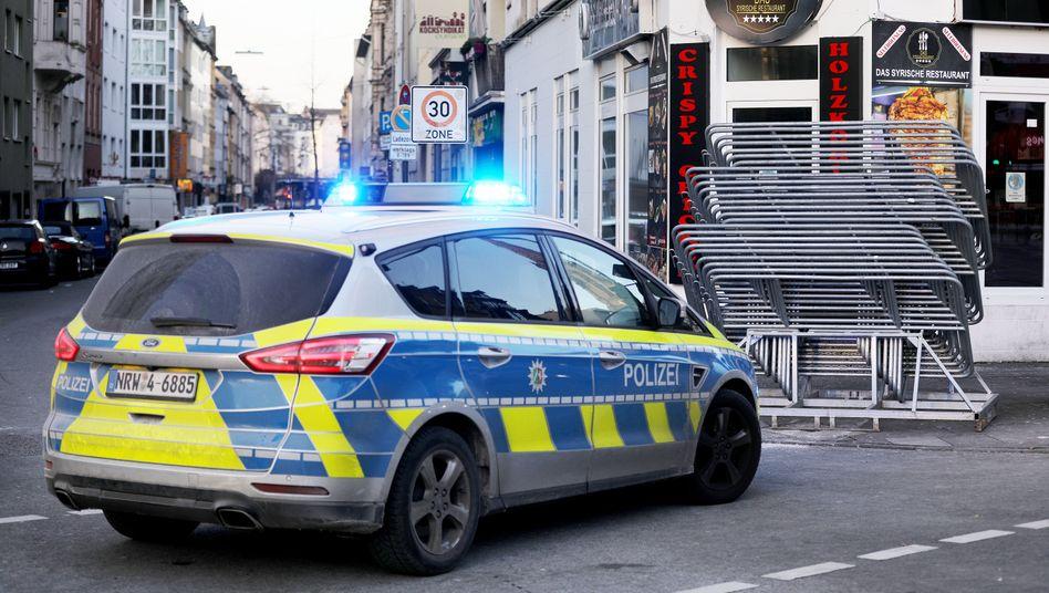 Geschlossene Kneipen in der Zülpicher Straße in Köln: Bleiben auch heute zu Weiberfastnacht dicht