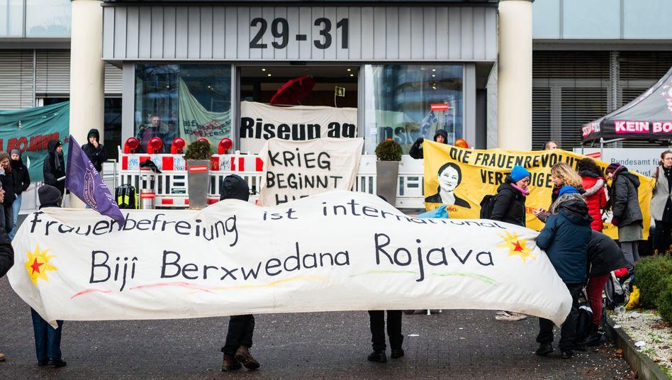 Protest beim Bafa in Eschborn
