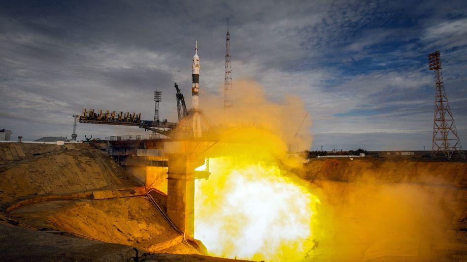 """Start einer """"Sojus""""-Rakete in Baikonur (September 2015): """"Nicht einfach alle Regeln über Bord werfen"""""""