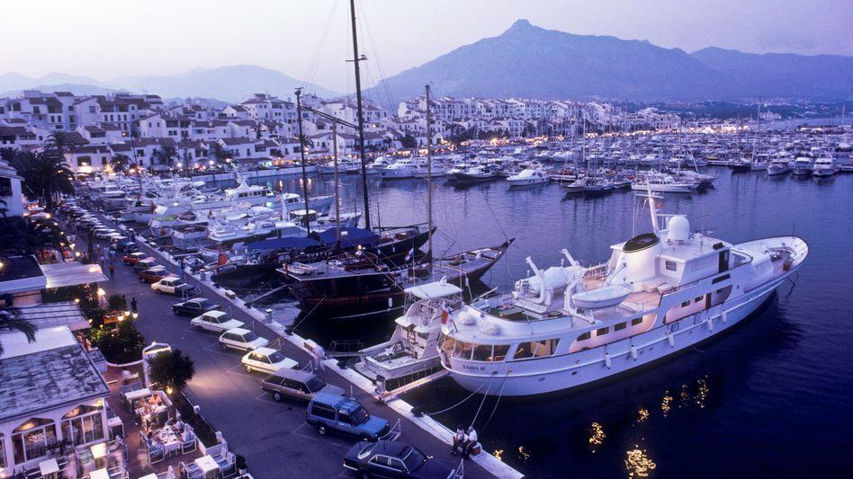 Yachten im Hafen von Marbella: Flucht in den Norden?