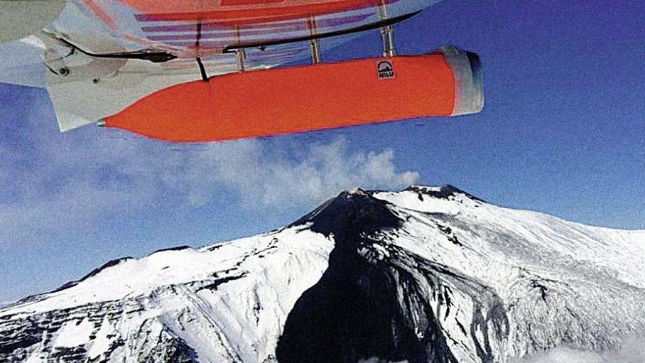 Messflugzeug mit »Avoid«-System am Ätna