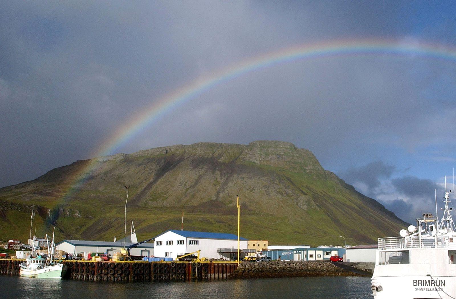 Island / Hafen