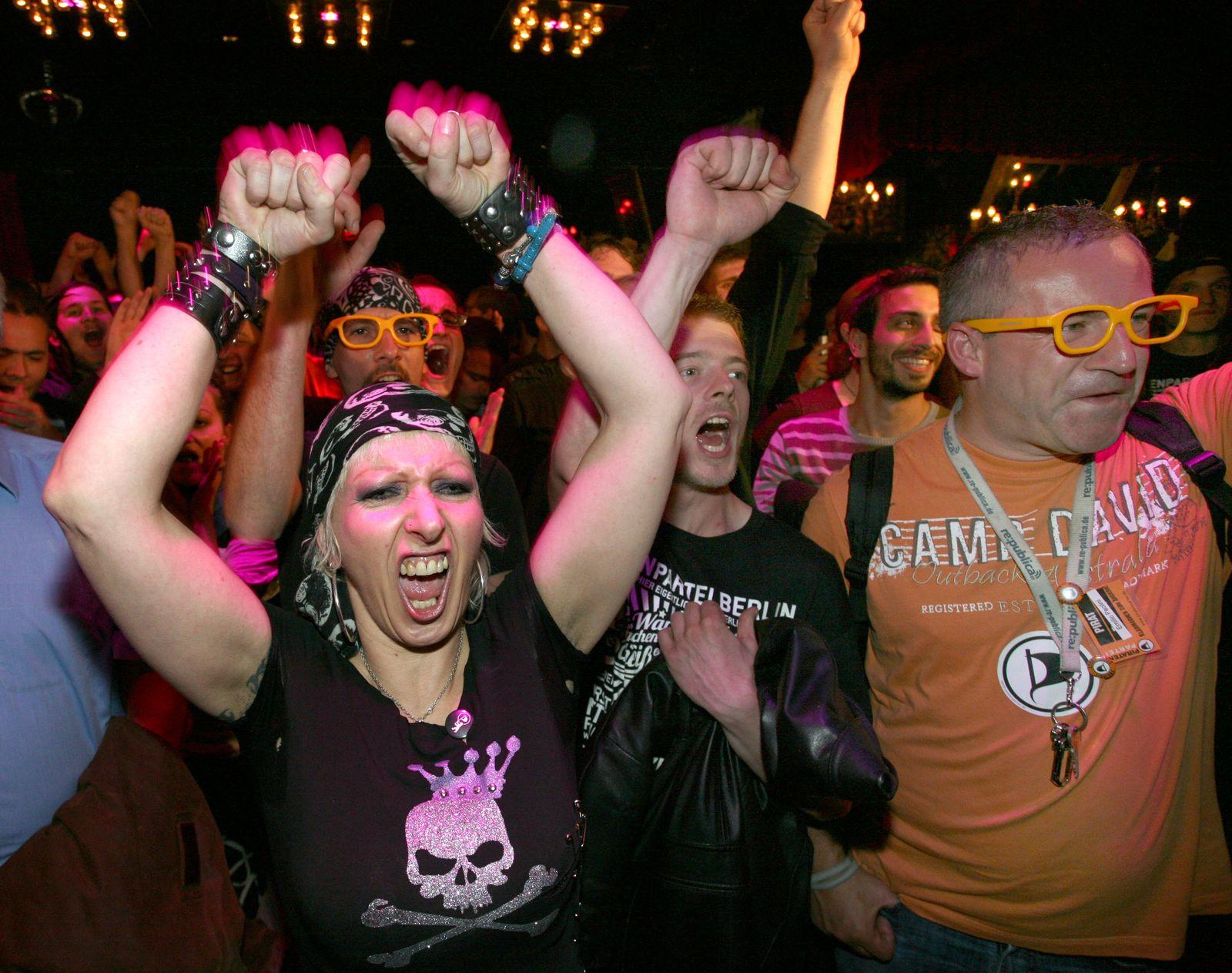 Berlin/ Wahlen/ Anhänger/ Piraten
