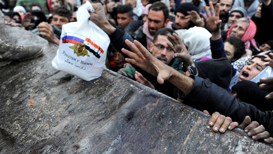 Russische Hilfe für Syrer: Regimeanhänger kriegen Unterstützung