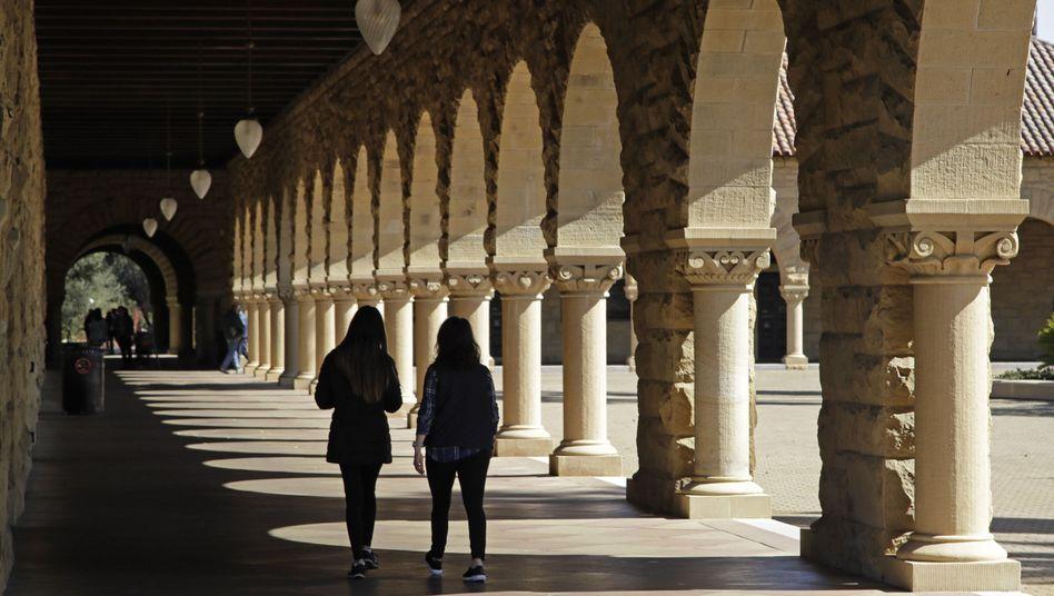 Studenten an der US-Eliteuni Stanford - eine der Hochschulen, die vom Bestechungsskandal betroffen ist