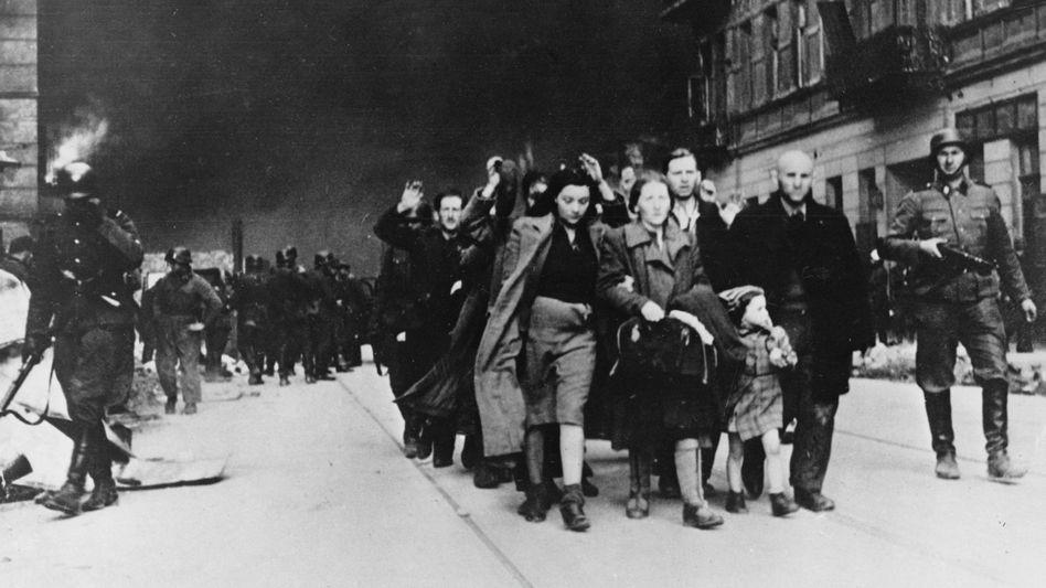 Juden im Warschauer Getto (1943): Massenmord durch die Deutschen