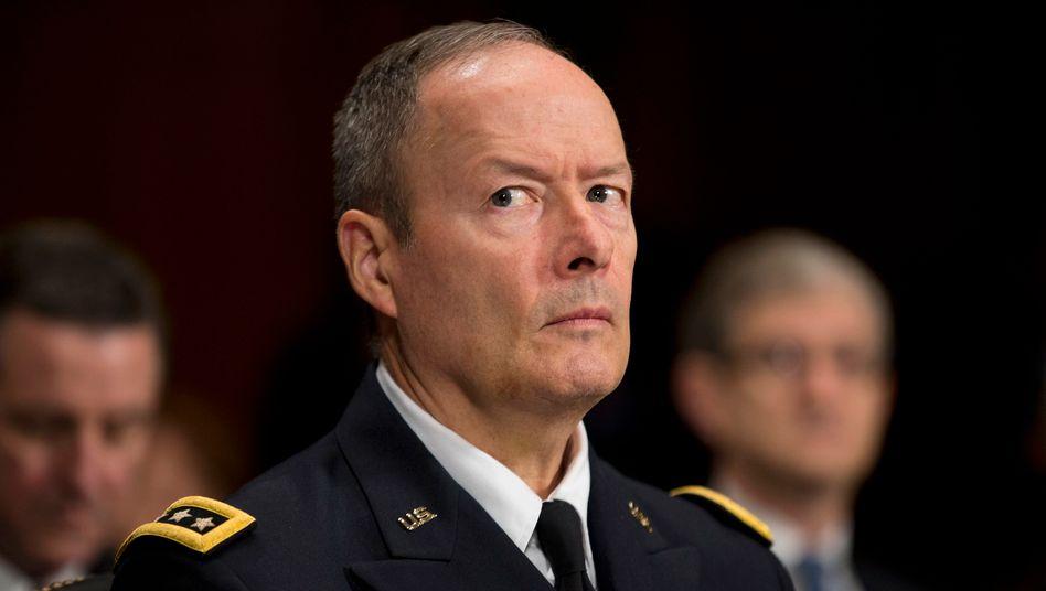 Keith Alexander in seiner Funktion als NSA-Chef bei einer Senatsanhörung im Oktober 2013
