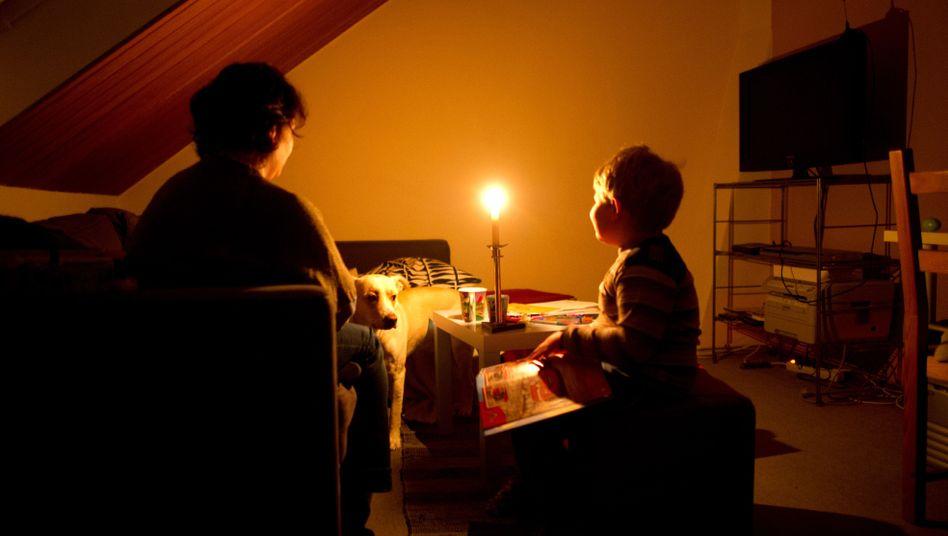Familie ohne Strom (Archivbild)