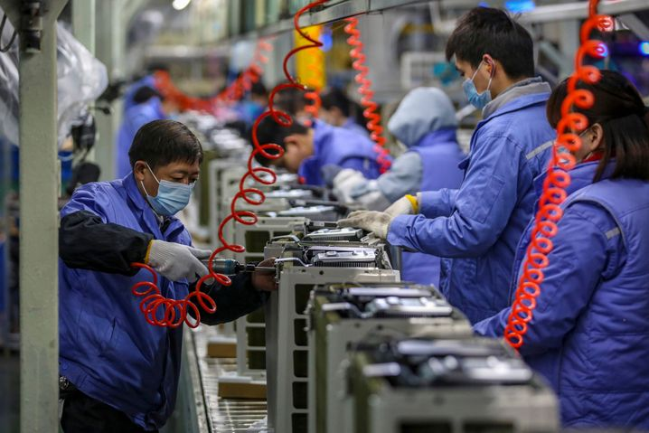 Die Wirtschaft läuft wieder: Fabrik für Klimaanlagen in Wuhan