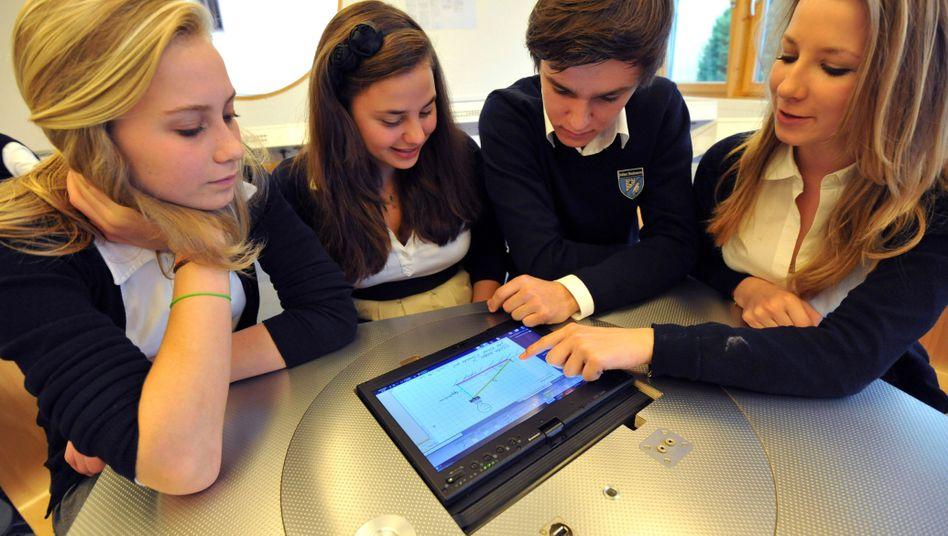 Privatschüler in Bayern: Digitalisierung des Klassenzimmers