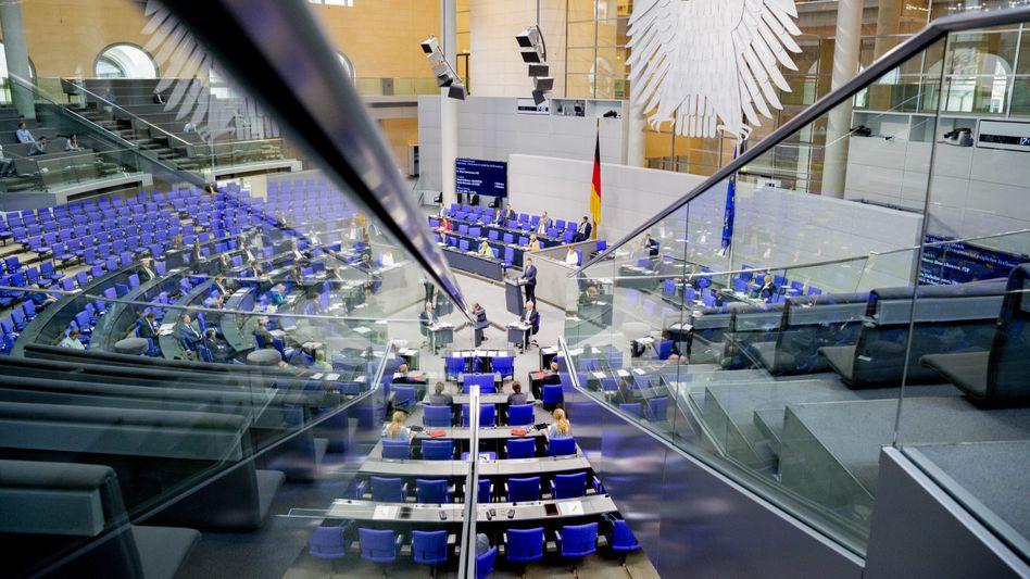 Blick in den Bundestag: Am geplanten Lobbyregister gibt es viel Kritik