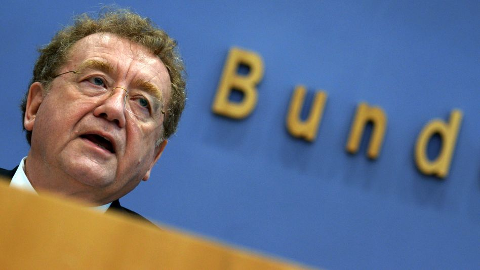 Bundesrechnungshof-Präsident Engels: Prüfer schauen den Ministerien auf die Finger