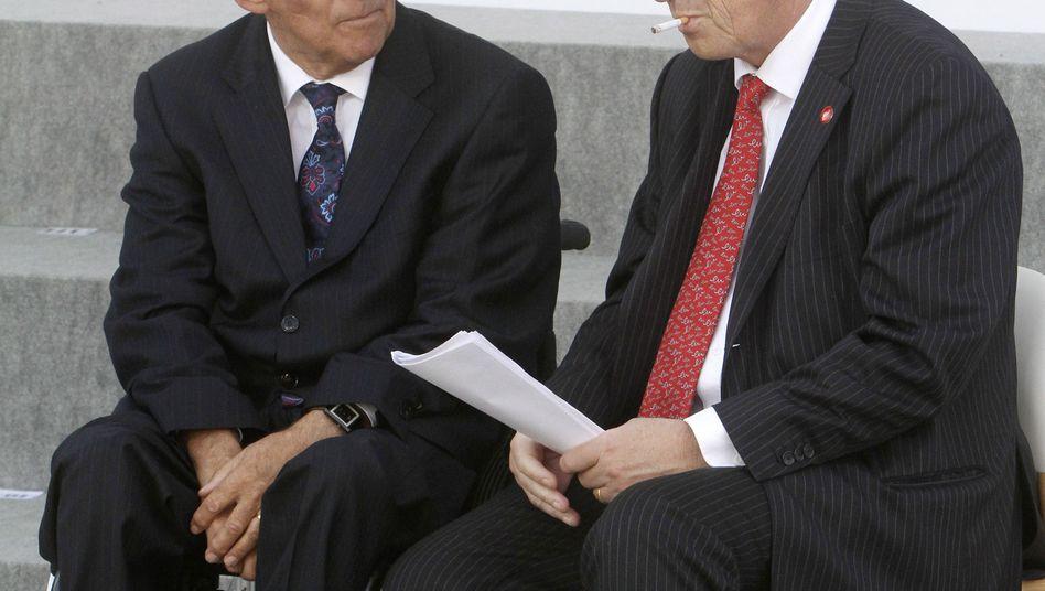Politiker Schäuble und Juncker (Archivbild vom September 2011): Geschacher um Posten