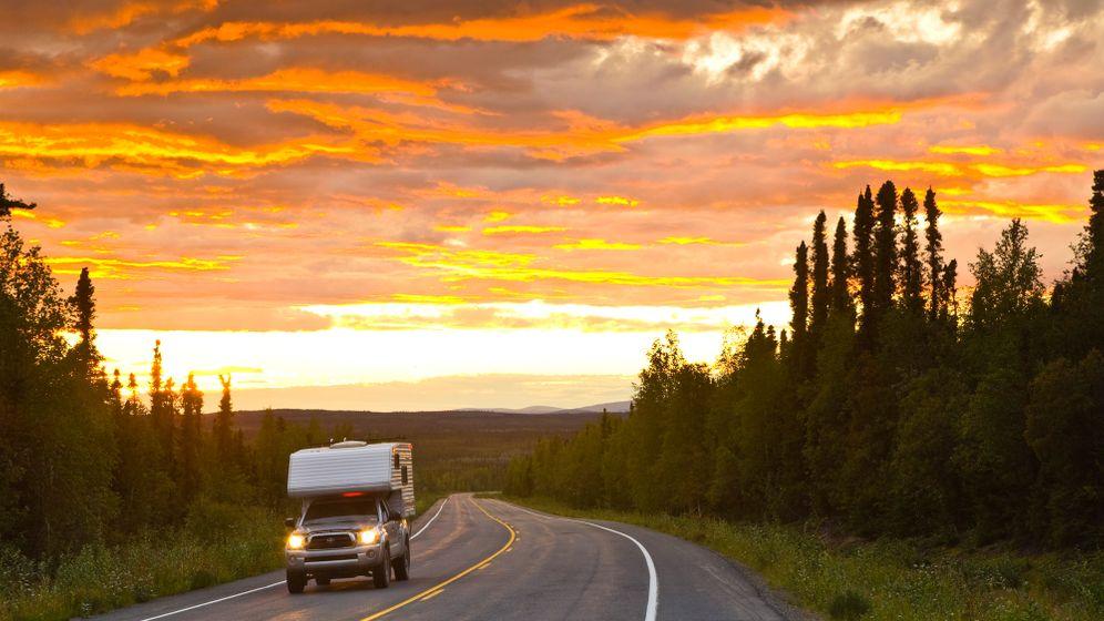 Roadtrip durch die Nordwest-Territorien: Bären, Büffel und endlose Weite