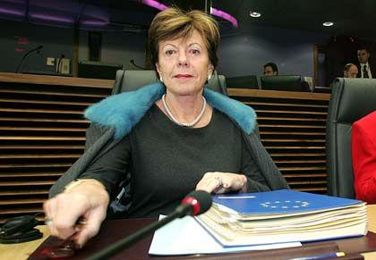 EU-Kommissarin Kroes: Forderung nach eindeutiger Definition des Grundversorgungsauftrags