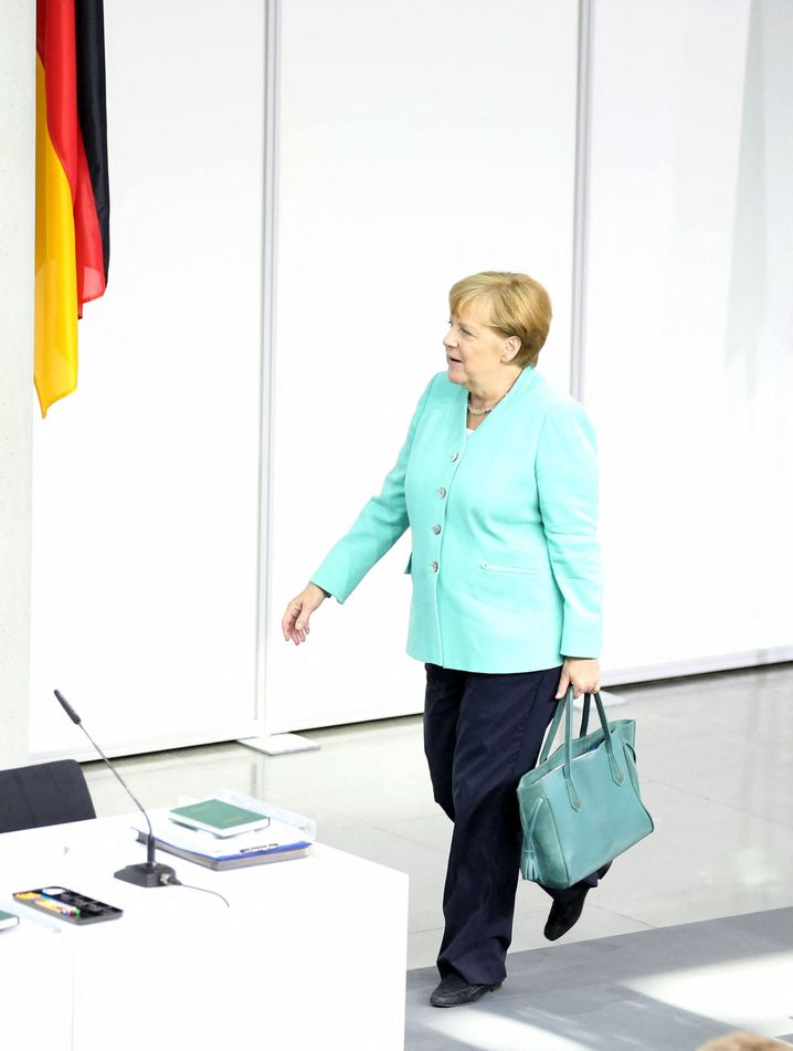 Angela Merkel: Her tough stance on Russia has a growing number of opponents, even within her own ranks in the CDU.