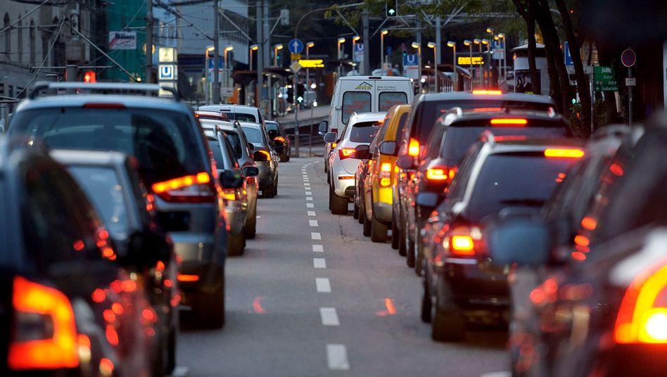 In deutschen Städten wird der Verkehr zunehmend dichter