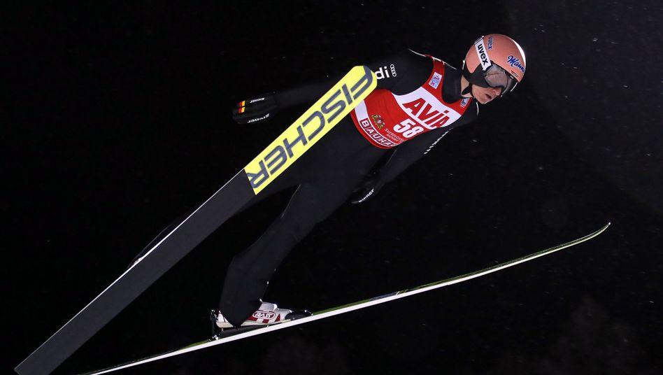 Karl Geiger ist die Hoffnung der deutschen Mannschaft bei der Vierschanzentournee