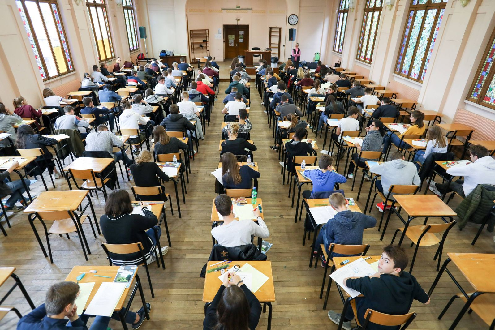 EINMALIGE VERWENDUNG Studenten Prüfung
