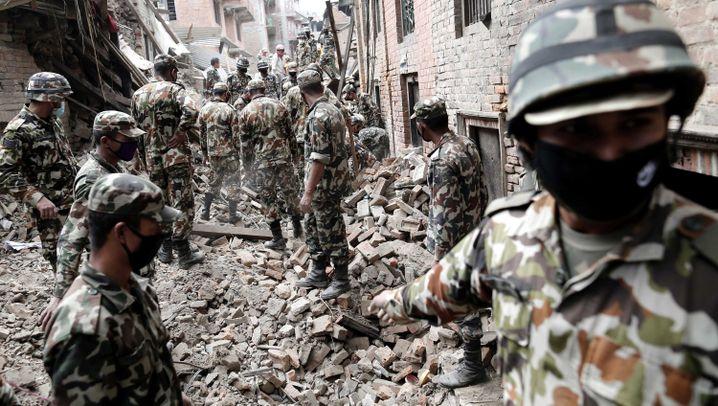 Erdbeben in Nepal: Die schwierige Mission der Retter