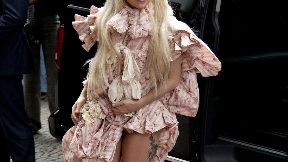 Photo Gallery: Lady Gaga Brings 'Artpop' to Berghain