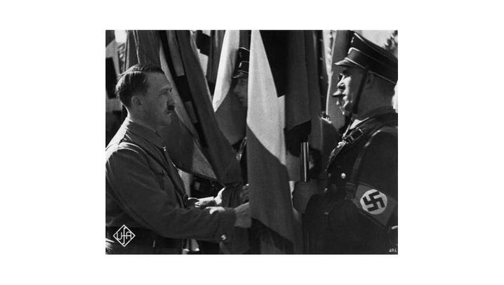 """Propagandamythos """"Blutfahne"""": Eine ausgekugelte Schulter und 18 Tote"""