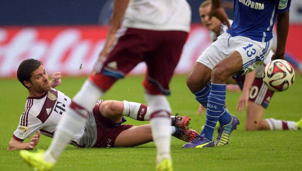 Schalke vs. Bayern: Freistoß, Handspiel, Tor