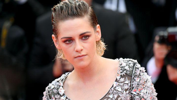 Barfuß in Cannes: Kristen Stewart ohne High Heels
