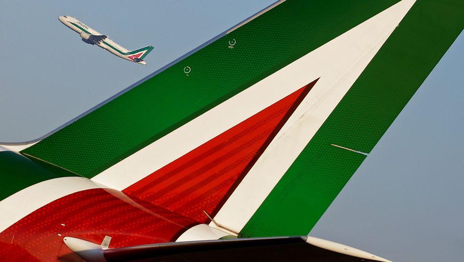 Alitalia-Maschinen am Flughafen Rom