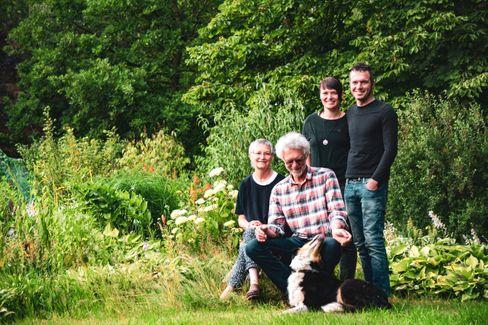 Gastgeber auf dem »Hof am Kolk«: Wilhelm Meyer mit Familie