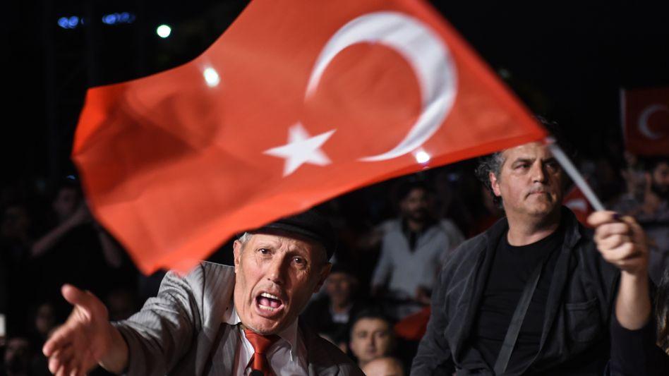 """Proteste in Istanbul: """"Die Menschen werden erneut zur Wahl gehen"""""""