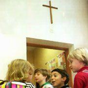 Kreuz in Nürnberger Grundschule: Lehrer müssen sich unterordnen