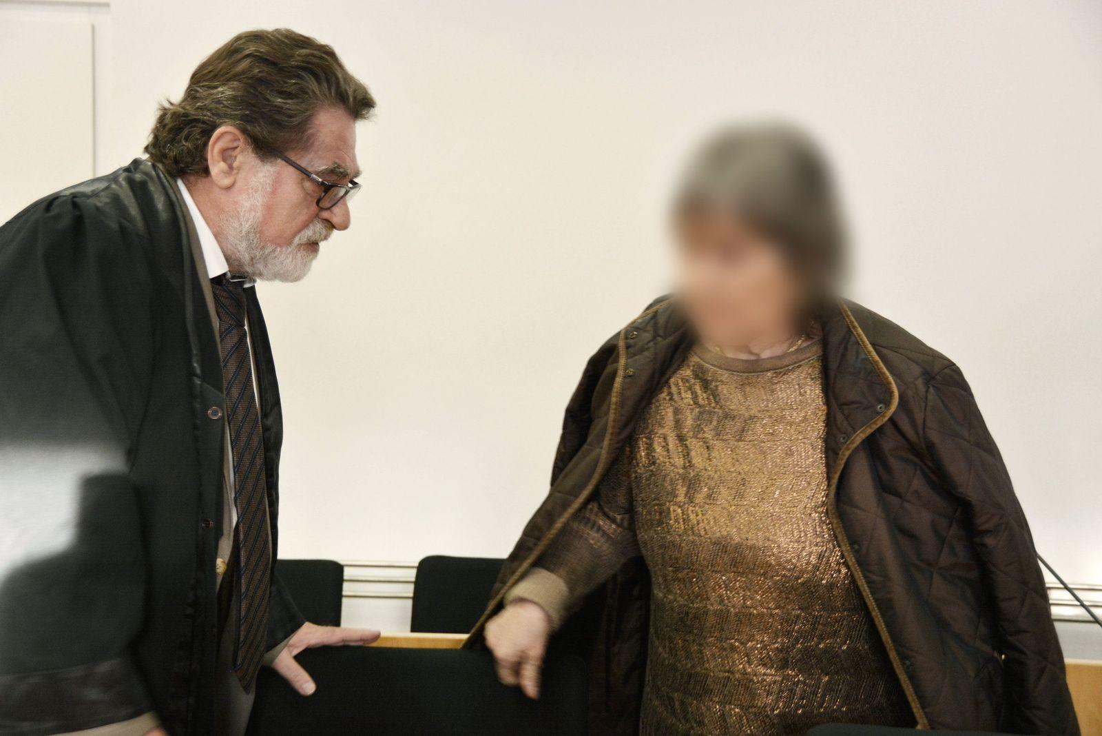 Mordprozess gegen mutmaßliche Sekten-Chefin