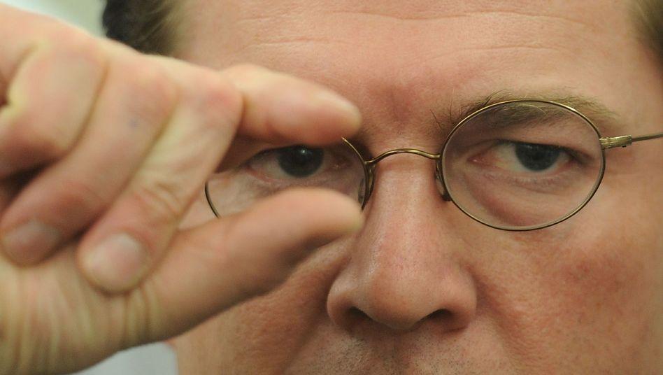 Verteidigungsminister Guttenberg (CSU): Aktivisten analysieren seine Dissertation