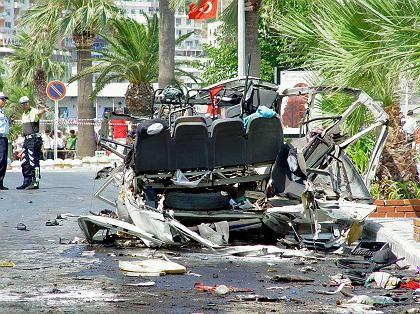 Wrack des Strandbusses: Wo war die Bombe versteckt?
