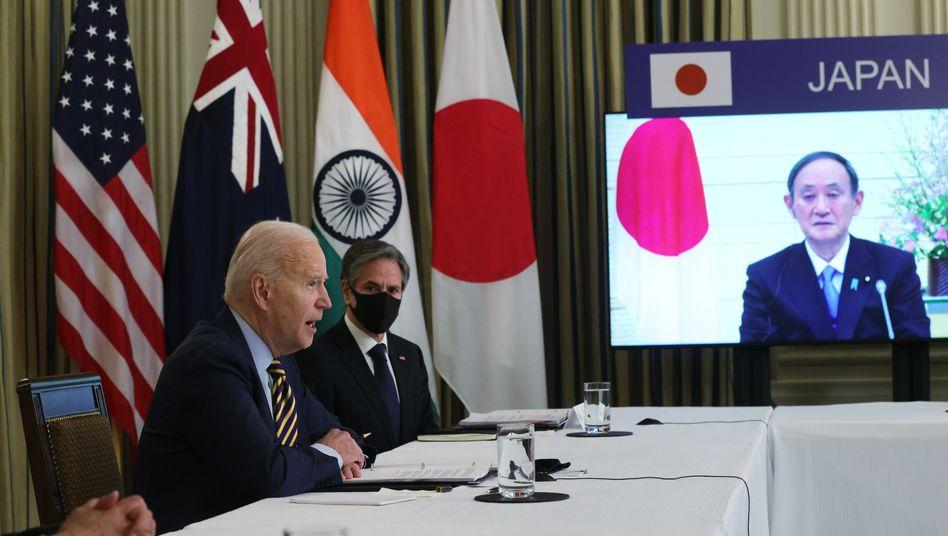 Biden, Blinken und Suga: Nichts soll den Eindruck trüben, dass Japan von seiner einstigen Besatzungsmacht als wichtigster Verbündeter bevorzugt wird