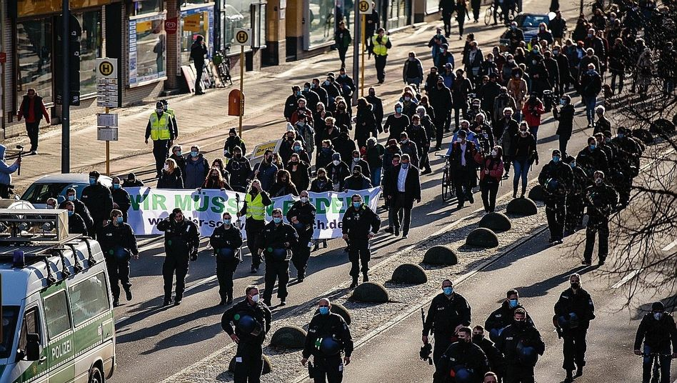 Protestmarsch in Berlin (Archivbild): Deutlich mehr Demos