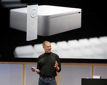 Apple-CEO Steve Jobs mit Mac mini: Mac OS X telefoniert nach Hause, wenn Update installiert ist