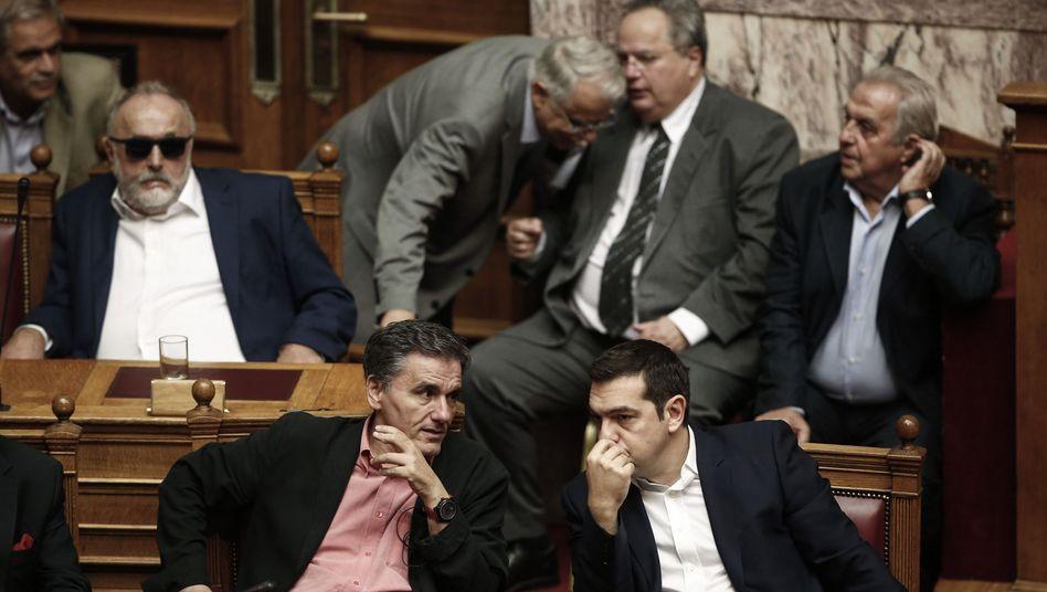 Finanzminister Tsakalotos, Premier Tsipras: Umfassende Reformen unter Zeitdruck