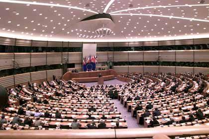 Repräsentanten unter sich: Der EU-Verfassungskonvent bei seiner Gründungssitzung am 28. Februar 2002.