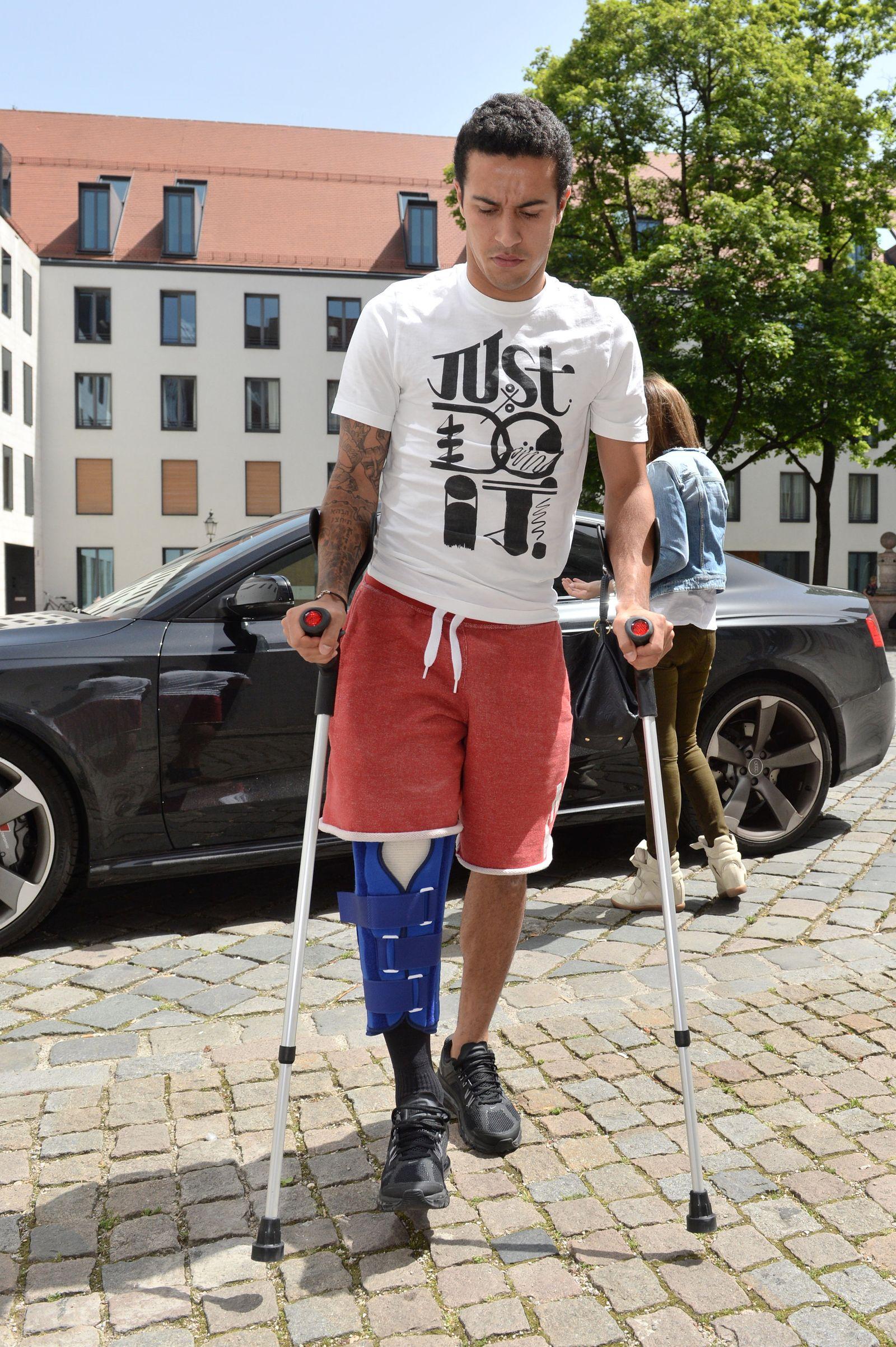 Bayerns Thiago beim Arzt