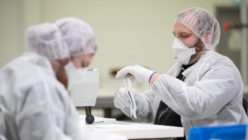 Automobilzulieferer in Maskenproduktion: Der Bedarf ist weltweit groß