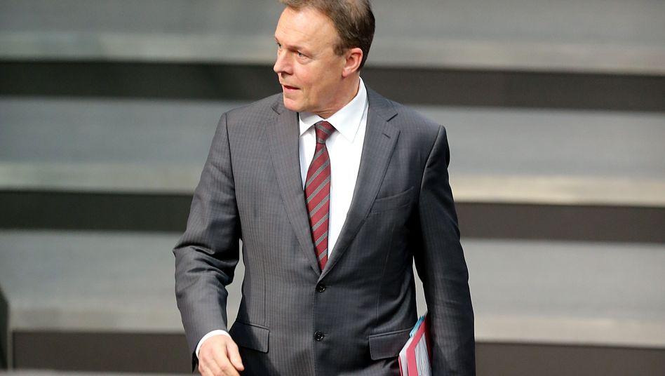 """SPD-Fraktionschef Oppermann: """"Ein entwürdigendes Schauspiel"""""""