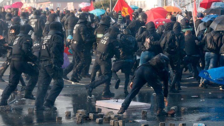 Anti-EZB-Protest: Mit Gewalt gegen die EZB