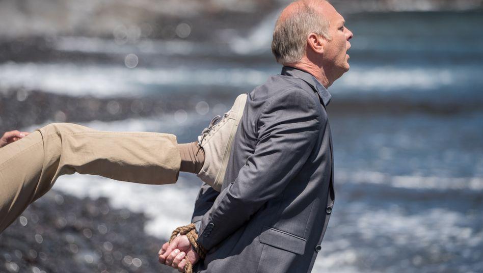 Für den korrupten Polizisten Cristi (Vlad Ivanov) läuft auf La Gomera eigentlich nichts nach Plan.