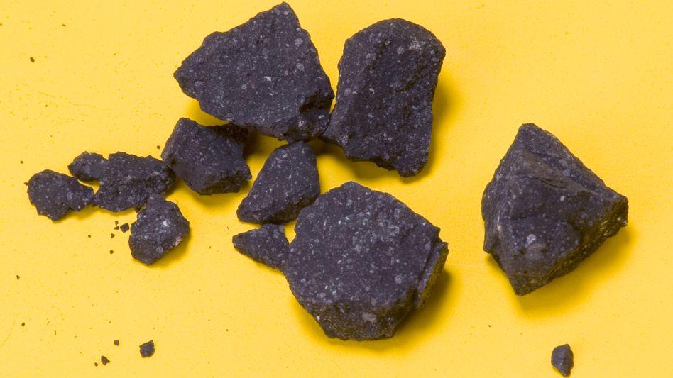Bruchstücke des Sutter's-Mill-Meteoriten: Im April 2012 über Kalifornien abgestürzt