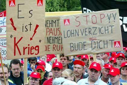 """Demonstration von DaimlerChrysler-Mitarbeitern in Sindelfingen: """"Widerstand der Gewerkschaften ist groß genug"""""""